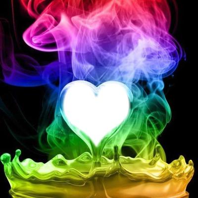 coeur en feu multicolore