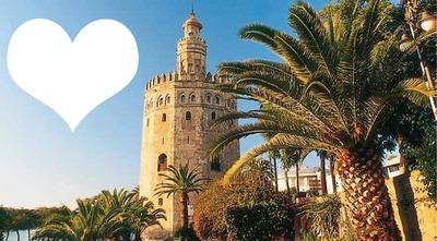 fotomotnaje para poner tu foto junto a la torre del oro de Sevilla