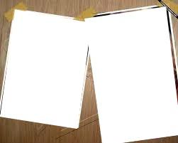 2 photos skotchés comme sur un mur