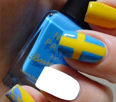 Sweden flag Nail Art