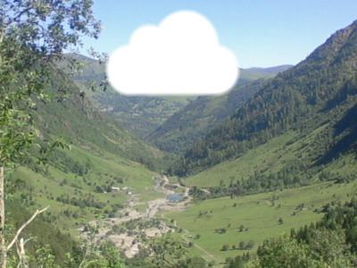 Nuage au dessus des montagnes