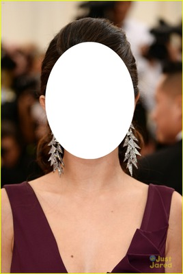 Selena Gomez'in yüzü