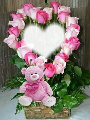 Corazón de rosas con peluche