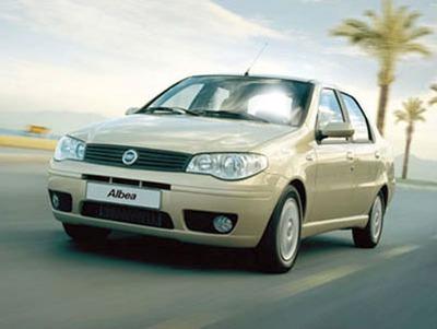 Fiat Albea Araba Sürücüsü Yüz
