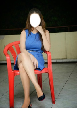 Kainaz Motivala Hot Legs