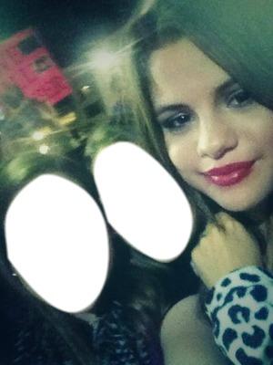 Selena e due fans♥