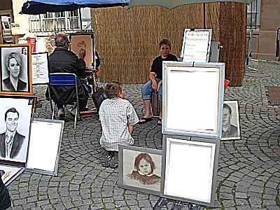 artiste trois tableaux ; trois photos