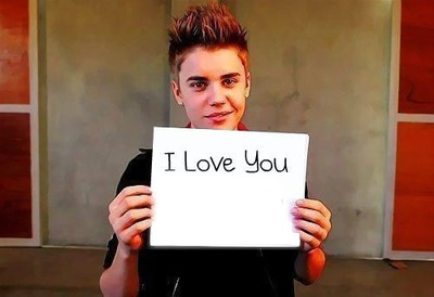 Justin Bieber te dis I Love You :))