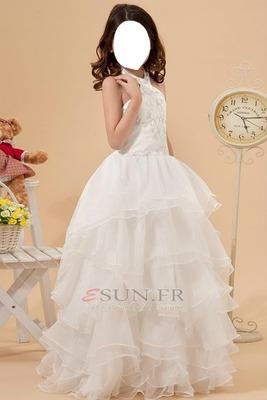 petite fille robe blanche