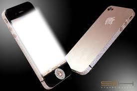 Telefon pokryty diamentami