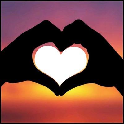 mains en forme de coeur 1 photo